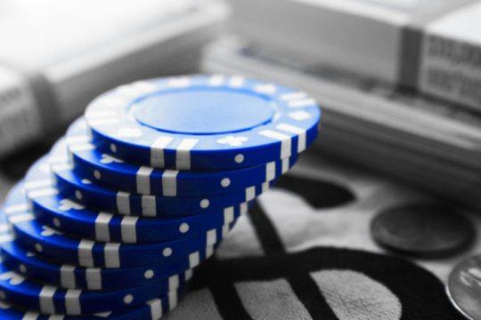 Short Term Profit from Blue-chip Stocks